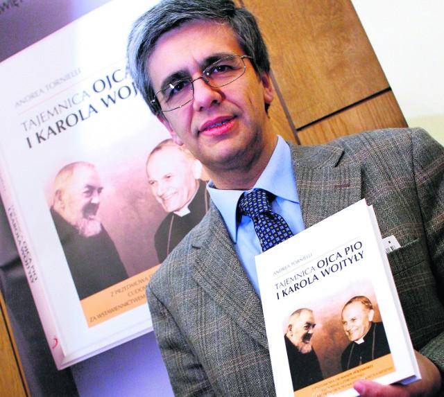 Andrea Tornielli z polskim przekładem  swej książki