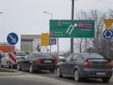 W Brzesku sypnęło mandatami. Za zjazd z autostrady zapłacisz 100 złotych