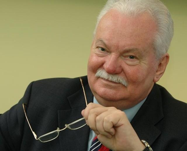 Prof. Lechosław Gapik nie chce, by jego twarz była ukrywana
