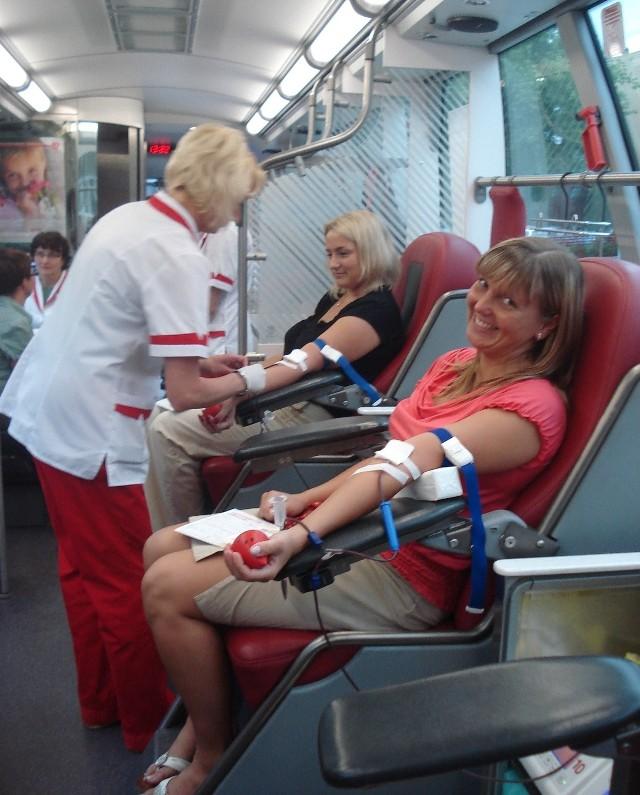 Uczestniczki zeszłorocznej rybnickiej akcji oddawania krwi