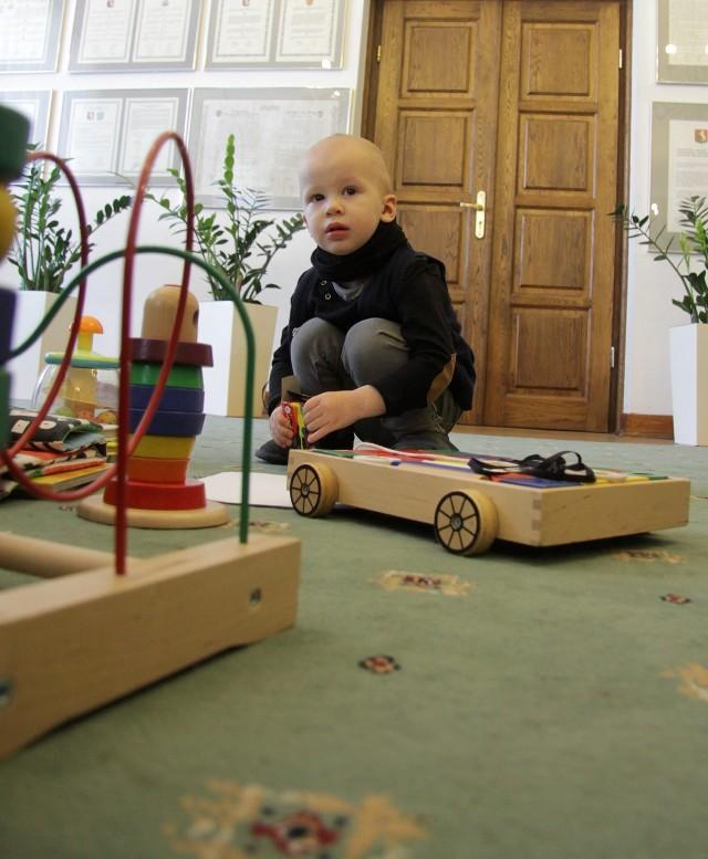 Na Kazia w ratuszu czekały ekologiczne zabawki