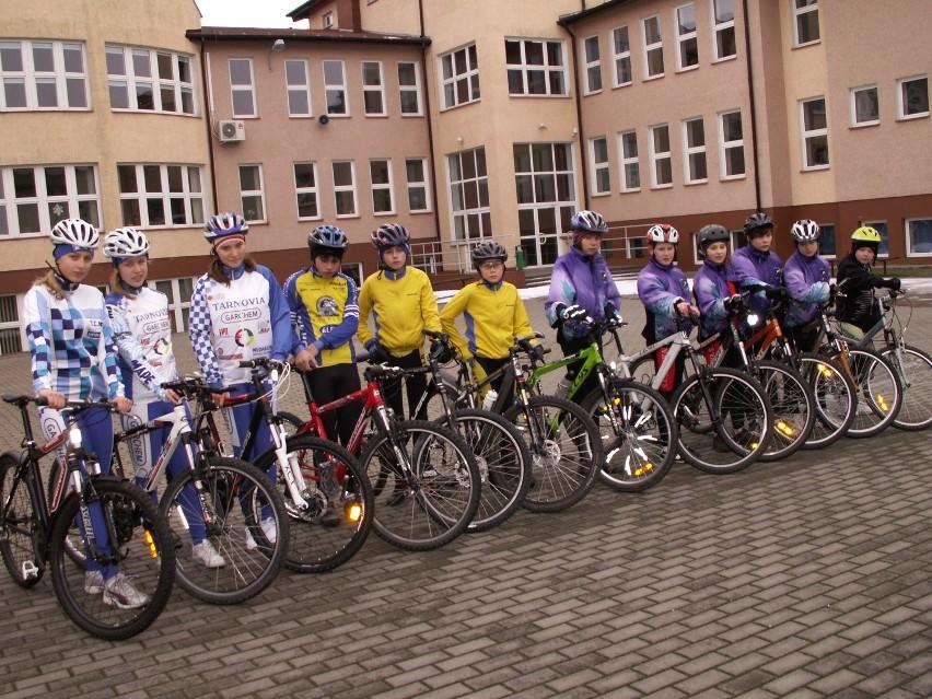 Najwięcej uwagi poświęcają na doskonalenie umiejętności jazdy na rowerze. We wtorek byli na blisko godzinnej przejażdżce rowerowej.