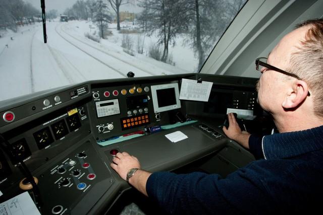 Pierwszy pociąg na trasie z Wągrowca do Rogoźna pojawił się już zimą. Niebawem ruch zostanie wznowiony na stałe