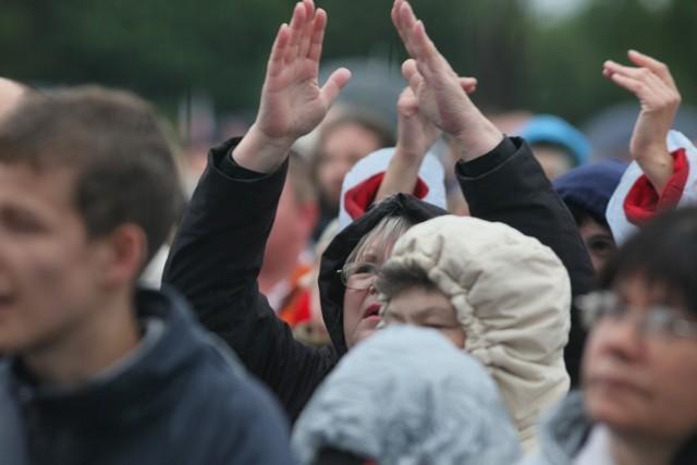 Msze św. z intencją uzdrowienia przyciągają tłumy