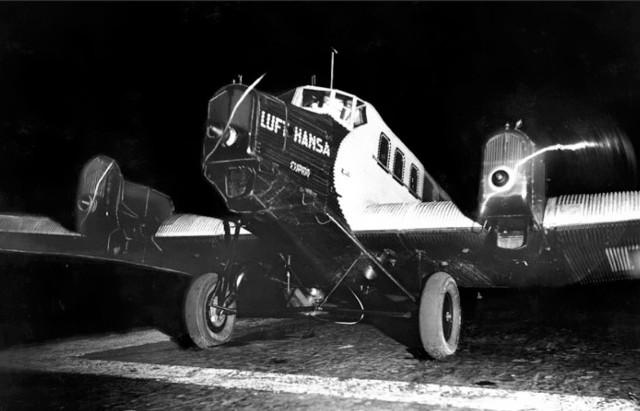 1 maj 1926 r.  Z lotniska Tempelhof wystartował do Królewca samolot Junkers G 24 z sześcioma pasażerami
