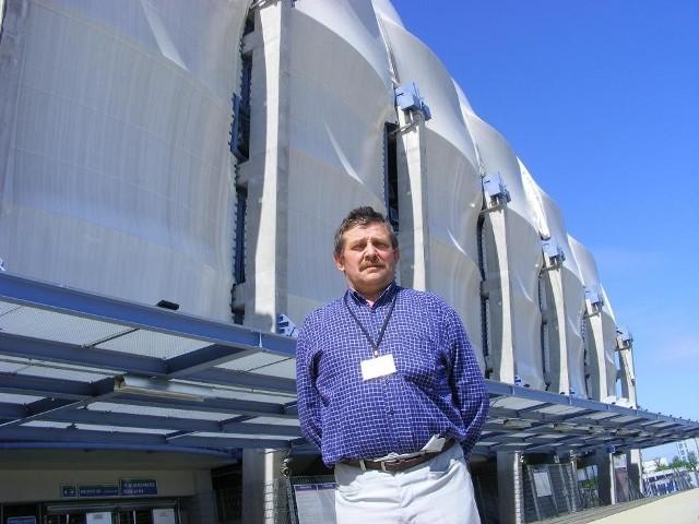 Edward Poniewski chciał się dowiedzieć, co zrobić, by wprowadzać turystów na stadion