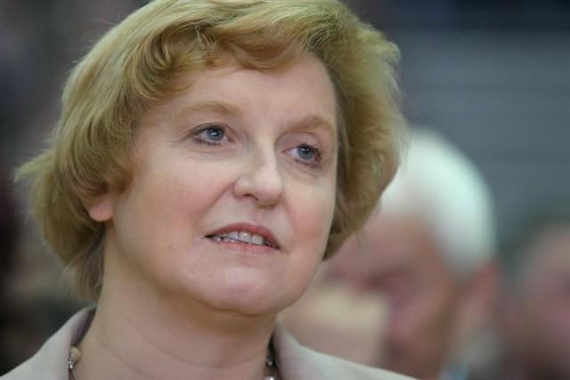 Anna Fotyga jest oburzona incydentem na lotnisku