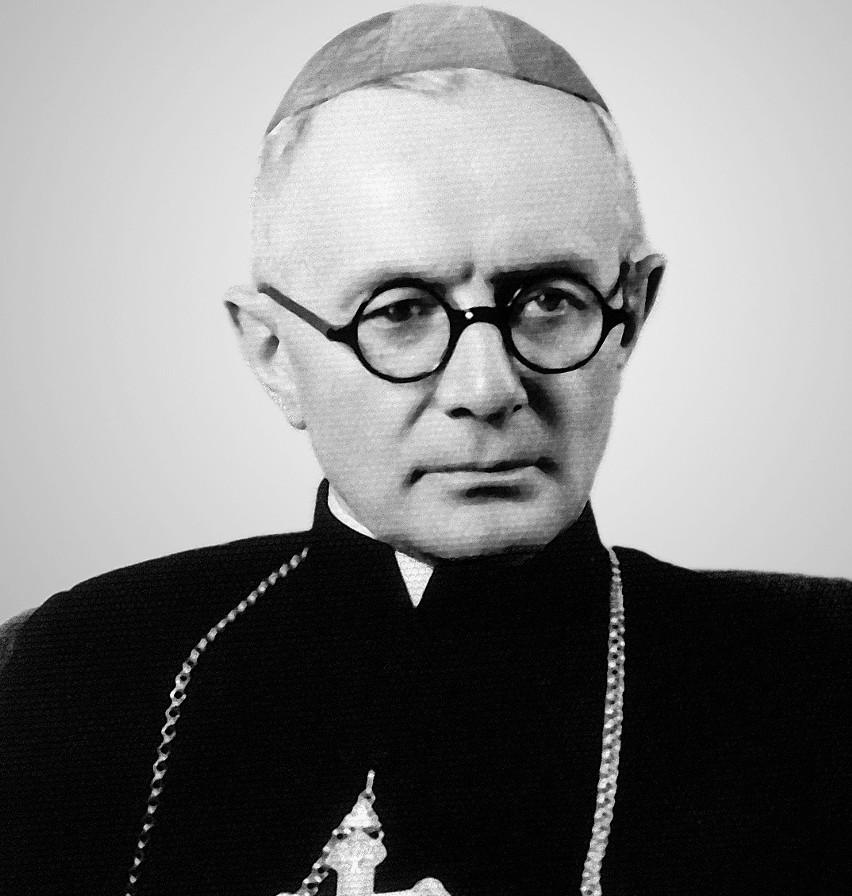 Ksiądz biskup Kazimierz Tomczak pochodził z parafii Gieczno,...