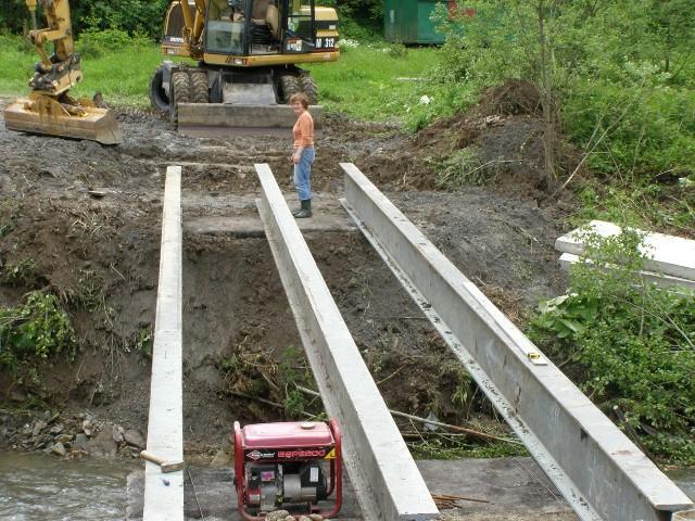 Odbudowa mostu na Kasinczance potrwa do połowy czerwca