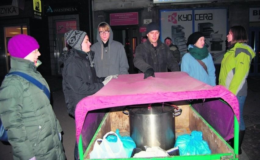 Kuchnia Przy Kościele św Mikołaja W Gdańsku Sto Litrów