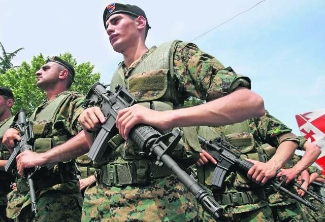 Gruzja wyda na 37-tysięczną armię prawie miliard dolarów