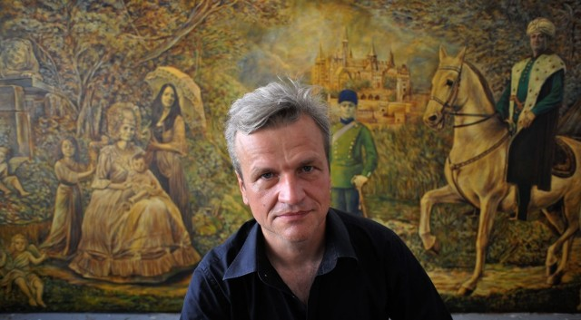 Grzegorz Śmigielski, rocznik 1960, jeden z najbardziej znanych dziś warszawskich malarzy i rysowników