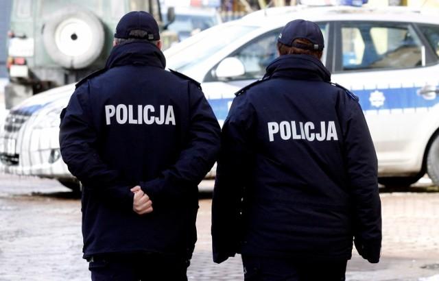 W czwartek w Poznaniu pracownicy sanepidu razem z policją odwiedzili pięć lokali gastronomicznych i park rozrywki.