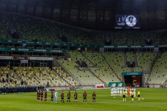 Czy stadion w Gdańsku wypełni się kibicami na finale Ligi Europy? Tego jeszcze nie wiadomo. Wiadomo za to, że organizatorzy szukają wolontariuszy