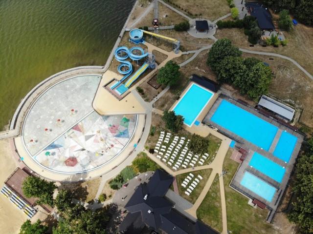 Słoneczny Wrotków po 11 latach od uruchomienia wymienia niecki znajdujących się na jego terenie basenów