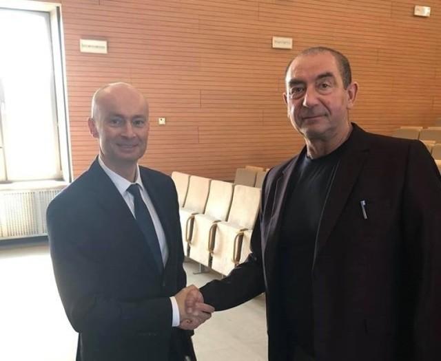 Nowy i stary rektor AWF Katowice czyli prof. Grzegorz Juras (z lewej) i prof. Adam Zając
