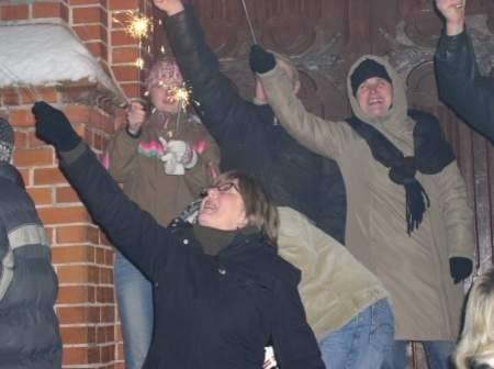 Bytowianie jak co roku powitają Nowy Rok przed zamkiem. Fot. archiwum