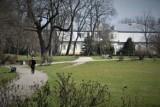 Gdzie wybrać się w piękny dzień w Bełchatowie? Oto parki i inne miejsca do spacerów na świeżym powietrzu