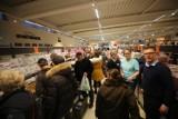 Wielka wyprzedaż w Lidlu! Rabaty do -80 proc. na artykuły przemysłowe i odzież. Co można kupić taniej?