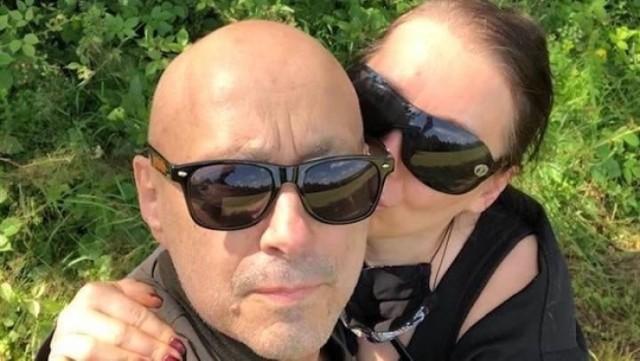 """Andrzej """"Pudel"""" Bieniasz z ukochaną żoną - """"Betti"""". Para jest razem już 37 lat i wspomaga się w trudnych chwilach"""