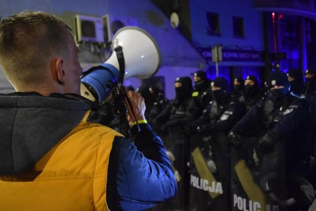 Przed Face 2 Face znów było mnóstwo policji