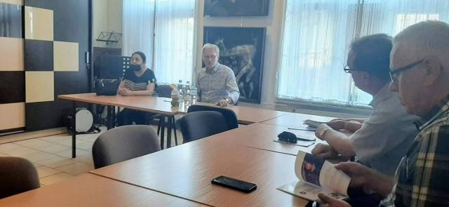 Spotkanie z posłem Latosem w sali ŻDK
