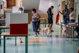 Wybory 2020 na Pomorzu. Mieszkańcy regionu ruszyli do urn! Jak przebiega głosowanie? Sprawdzamy! [ZDJĘCIA]