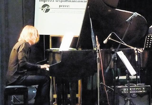 Uczestnicy warsztatów jazzowych grali na instrumentach ChDK. Fortepian dla Harasiewicza dostarczy wyspecjalizowana firma
