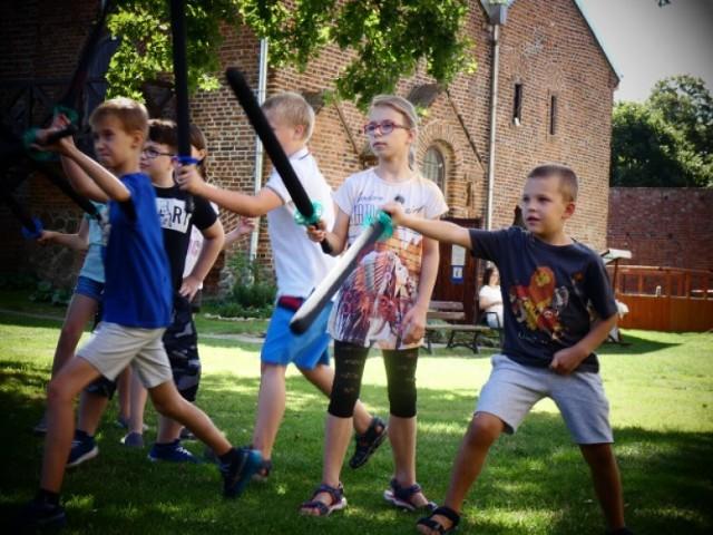 Moc atrakcji i dobrej zabawy podczas zamkowych wakacji w Łęczycy