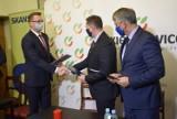 Budowa wiaduktu w Skierniewicach. Miasto podpisało umowę z firmą Skanska ZDJĘCIA