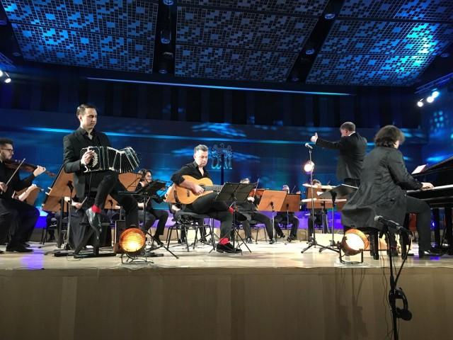 Filharmonia Kaliska zaprasza na koncert online przebojów muzyki filmowej