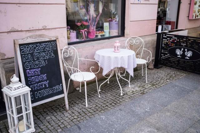 Plan luzowania obostrzeń. Kiedy zostaną otwarte restauracje i kawiarnie? Premier podaje kluczowe daty dla gastronomii