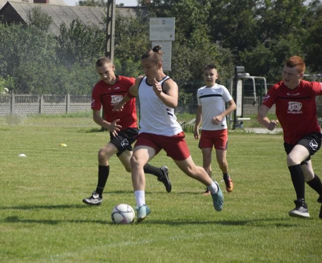 Turniej odbył się na stadionie w Raciążku.