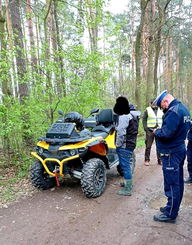 Interwencja wobec kierującego quadem w lesie w okolicach Brzeska, 3.05.2021