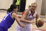 Była koszykarka Wisły Kraków Jelena Leuczanka opuściła więzienie. 13 dni bez prysznica, odpływu w toalecie, z brudem i wszami. 16.10.