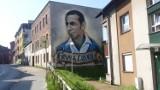 Świetny mural uczcił Gerarda Cieślika. Malunek poświęcony wybitnemu piłkarzowi powstał w Chorzowie