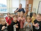 Półkolonie w Pruszczu Gdańskim. Zimowa przygoda w SP nr 2, czyli zabawa i warsztaty na półkoloniach