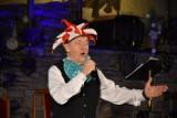 """""""Festiwal Serc"""" w Wejherowie. Na koncercie online zaśpiewał Andrzej Rosiewicz  ZDJĘCIA, WIDEO"""
