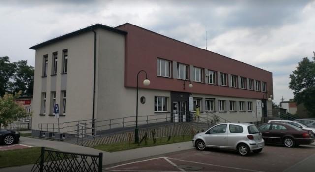 Szczepienia na koronawirusa w gminie Woźniki  W gminie Woźniki szczepienia przeciw Covid -19 będą odbywać się w Gminnym Zespole Ośrodków Zdrowia w Woźnikach przy ul. Dworcowej 21.