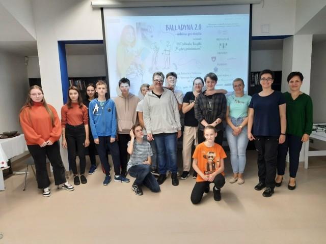 """Podczas warsztatów w Przemyskiej Bibliotece Publicznej uczniowie programowali grę mobilną na podstawie """"Balladyny"""" Juliusza Słowackiego."""