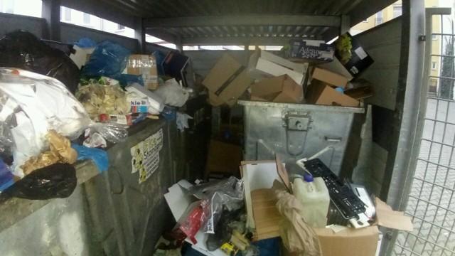 Statystyczny malborczyk wyrzuca ponad 400 kg śmieci na rok. Dane za 2018 r. wskazują, że wtedy było to 429 kg na głowę.