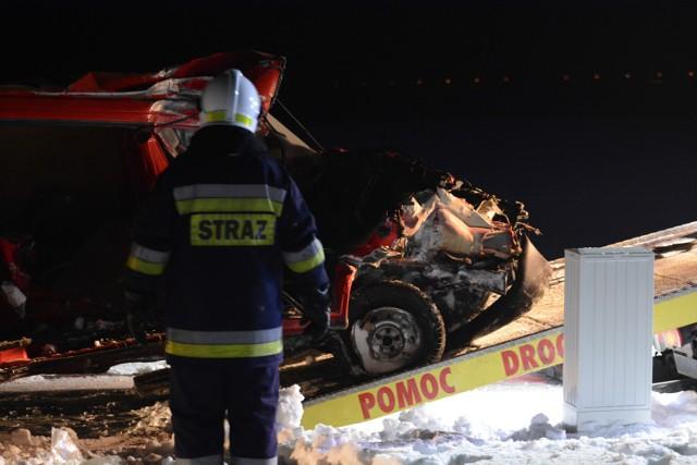 W miejscowości Malankowo (pow. chełmiński) z nieznanych przyczyn szynobus relacji Grudziądz - Toruń uderzył na niestrzeżonym przejeździe kolejowym w samochód dostawczy marki VW T4, którym podróżował tylko kierowca. Niestety, mężczyzna zginął na miejscu.