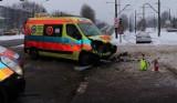 Groźny wypadek w Bytomiu. Karetka zderzyła się z samochodem osobowym