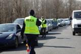 Uwaga mieszkańcy Żagania i okolic! Mandat za brak maseczki już jest zgodny z prawem. Policja może nałożyć nawet 500 zł kary!