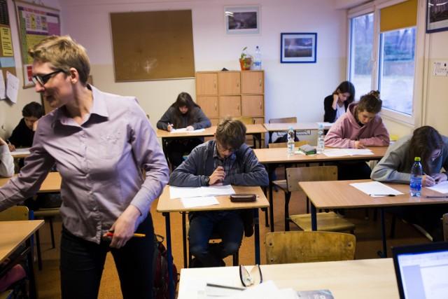 Egzamin Gimnazjalny Operon: HISTORIA, WOS