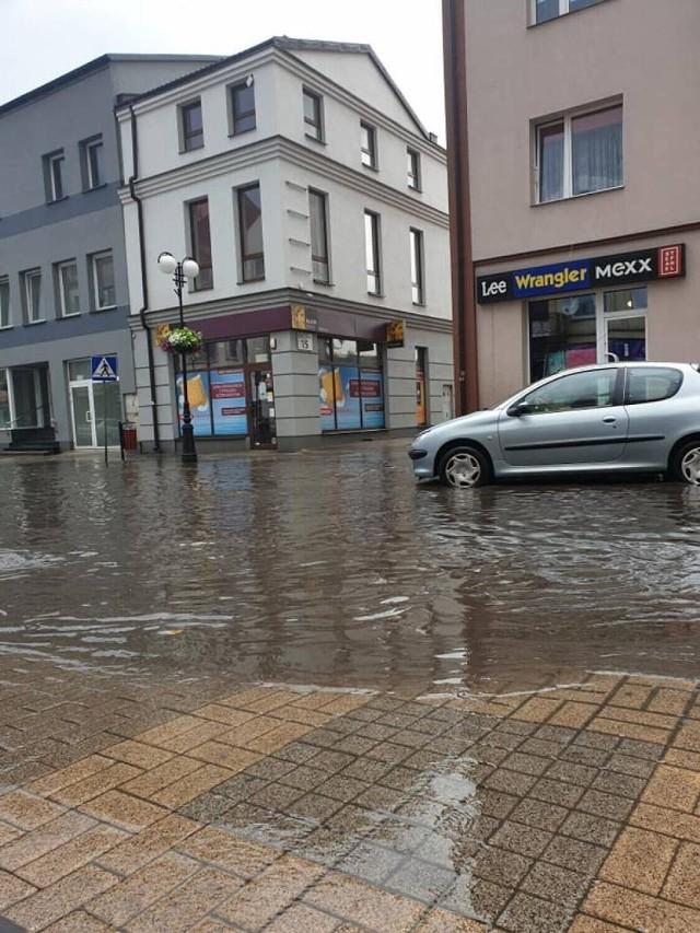 Pod koniec czerwca wieluńskie ulice dosłownie płynęły. Doszło do licznych zalań. Czy sytuacja się powtórzy?