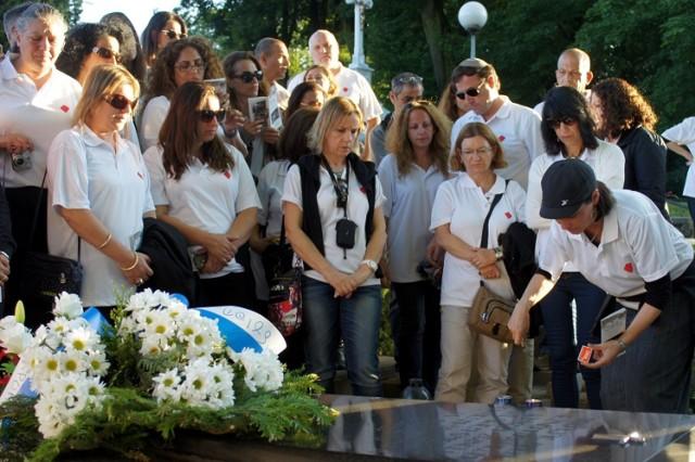 Goście z Izraela w Mszanie. Modlili się przy grobie ofiar Marszu Śmierci