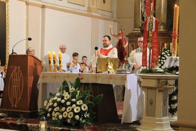 Mieszkańcy Świebodzic modlili się za ofiary zawalonej kamienicy w rocznicę od tych dramatycznych wydarzeń