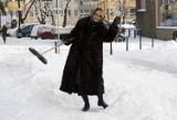 Zima w Legnicy, dziewięć lat temu zasypało miasto [ZDJĘCIA]
