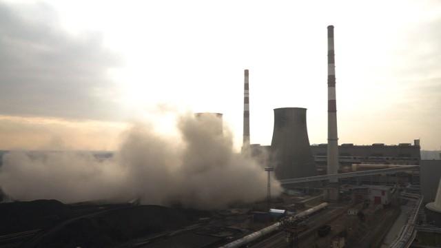 Chłodna kominowa Elektrowni Łagisza została wyburzona